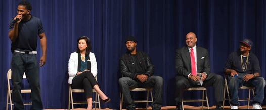 "Examiner.com Reports: ""Miss America, Raheem DeVaughn help DC youth through Michael Walton Foundation"""